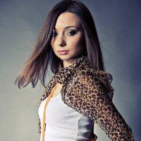 Девушка с сумкой :: Яэль (Юлия Ситохова)