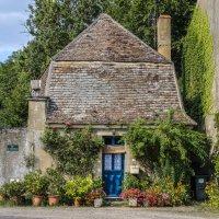 дом в деревни Сюлли (Sully) :: Георгий