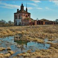 Вышеславское.  Два забытых храма. :: Сергей Никитин