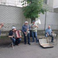 Уличные музыканты :: Ольга Винницкая (Olenka)