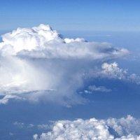 косматый облак :: Александр Корчемный