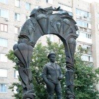 Памятник генералу В.Ф.Маргелову - на протяжении ряда лет командующему ВДВ СССР :: Александр Буянов
