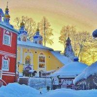 Зимним вечером в Псково-Печерском монастыре :: Leonid Tabakov