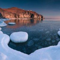 Причуды зимнего моря. :: Андрей Кровлин