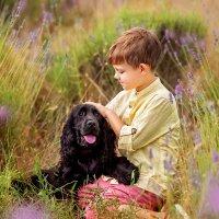 Мальчик с собакой :: Елена Самсоненко