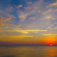 Восход на море :: Сергей Цветков