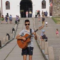 С гитарой наперевес :: Наталия Григорьева