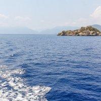 необитаемый остров Средиземноморья :: Андрей ЕВСЕЕВ