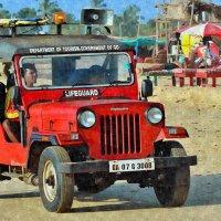 Индия. Пляжный автопатруль Департамента туризма (рис.) :: Глeб ПЛATOB