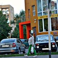 А я иду такая гордая. :: Михаил Столяров