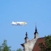 Цеппелин над Прагой :: Елена Гуляева (mashagulena)