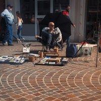 Уличный торговец...Нидерланды! :: Александр Вивчарик