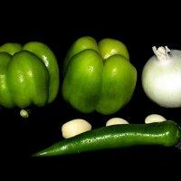 Зелёные...и белые) :: ЕВГЕНИЯ