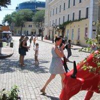 На летней улице :: Александр Скамо
