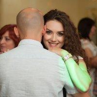 реламная улыбка. :: Батик Табуев