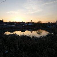 Закат над прудом :: Frame35327