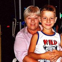 бабушка рядышком с внучиком :: Александр Корчемный