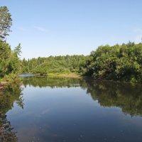 Тишина на реке :: Юрий Кузмицкас
