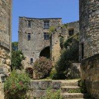 Феодальный замок Лангуаран, XIII век (2) :: Георгий