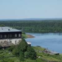 Дом на берегу реки :: Екатерина Запольских