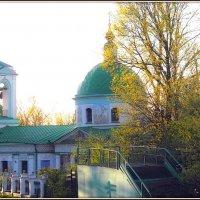 Храм Живоначальной Троицы на Воробьёвых горах :: Михаил