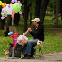 Продавец воздушных шаров. :: barsuk lesnoi