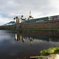 Крепостная стена :: Валентина Папилова