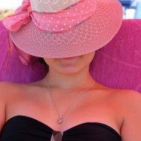 соломенная шляпка :: Dmitry i Mary S