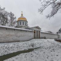 Вокруг собора :: Владимир Колесников