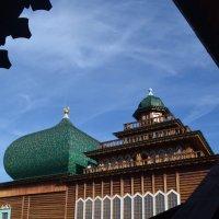на крышах дворца :: Галина R...