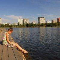 Мыла Марусенька белые ножки :: Андрей Лукьянов