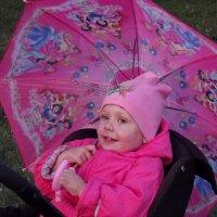 Соня и зонт :: Светлана Рябова-Шатунова