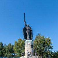 Памятник Илье Муромцу. :: Putnik