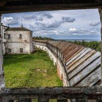 Горицкий монастырь, вид с колоколнья :: Георгий
