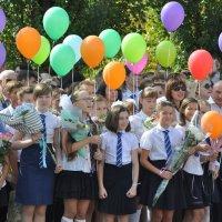 Праздник - снова в школу! :: Татьяна