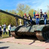 С Днём танкиста! :: Андрей Заломленков