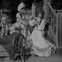 три девицы под окном... :: Андрей Вестмит