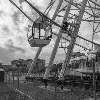 Монстр в городе :: Валерий Михмель