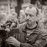 В работе... :: Юрий Гординский