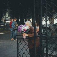 Женщина с цвеками :: Павел Николаевич Свобода