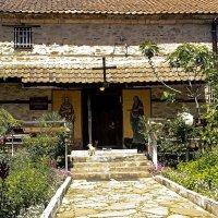 Дворик Храма Святого Афанасия Великого, :: Alexander Andronik
