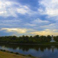 Остров на Волге :: Аркадий Баринов