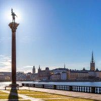 Апрельское утро в Стокгольме :: Сергей В. Комаров