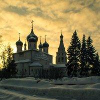 В зареве заката :: Юрий Велицкий