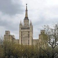 Жилой дом на Кудринской площади. :: Татьяна