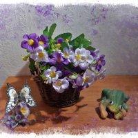 О дружбе бабочки с лягушкой :) :: Nina Yudicheva