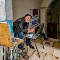 Художник в Ново-Афонском монастыре :: Надежда Середа