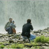 На фоне водопада. :: Jossif Braschinsky
