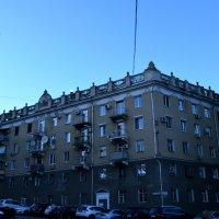 Дома на набережной Саратова :: Дмитрий Тарарин
