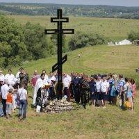 Освящение поклонного Креста :: Евгений Чернявский